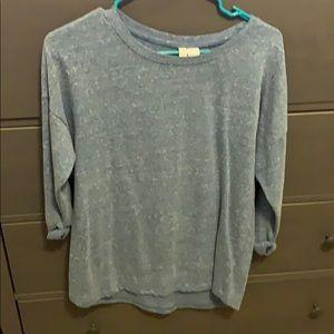 Oversized 3/4 sleeve shirt